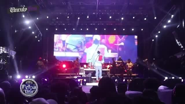 Buju Banton at unrulyfest we could not believe it until we take a good look, k queens & Skillibeng